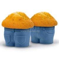 Весела силиконова форма за мъфини - сини панталонки (джинси) - 2 броя