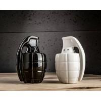 Бомбастичен керамичен комплект за сол и пипер във формата на гранати