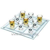 Стъклен морски шах с чашки шотове