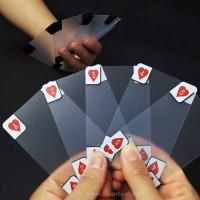 Прозрачни карти за игра за истински фенове