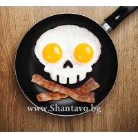 Направете яйца по пиратски със силиконовата форма череп